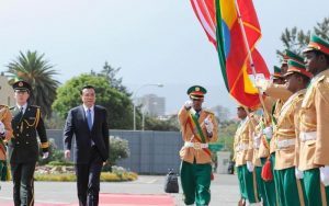 Chinese Premier Li Keqiang arrives in Addis Ababa for a state visit to Ethiopia on May 4, 2014. (Photo China News ServiceLiu Zhen)
