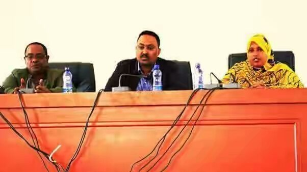 Photo - Workneh Gebeyehu with Ethiopian-somali elders, Jigjiga