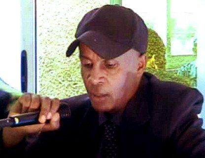 Eskinder Nega in political party meeting